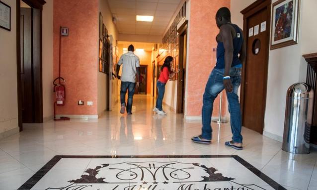 Risultati immagini per clandestini in hotel
