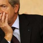 Roma al voto. I sondaggi: grillini avanti, Bertolaso terzo. Pd primo partito