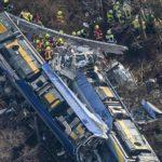 Puglia, scontro ferroviario: venti morti, decine i feriti