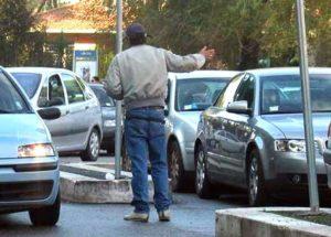Parcheggiatori-abusivi-6