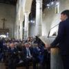 Matteo Renzi in chiesa.