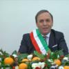 Il sindaco di Paternò, Nino Naso, durante il messaggio di fine anno alla città.