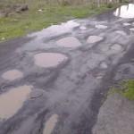 Paternò, condizioni disastrose in via Serbia (Le immagini)