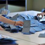 Sondaggio Piepoli: Forza Italia al 19% e sale Grillo. Alfano e Casini al 6%