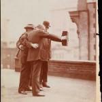 Curiosità: il primo selfie documentato è stato scattato nel 1920. Eccolo