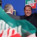 Opposizione a Renzi, Berlusconi alza i toni: in piazza a Milano il 29 novembre