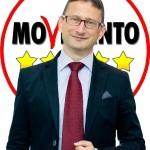 Candidato grillino in Calabria promette lo stipendio per farsi eleggere