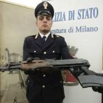 Un arsenale nel campo rom