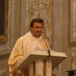"""Il prete a fine Messa: """"Aspetto un figlio"""""""
