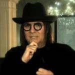 Renato Zero giudice al serale di Amici. Ecco come si presenta (VIDEO)