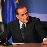 """Quando Berlusconi disse: """"L'Italia non si vende"""". E lo fecero fuori"""