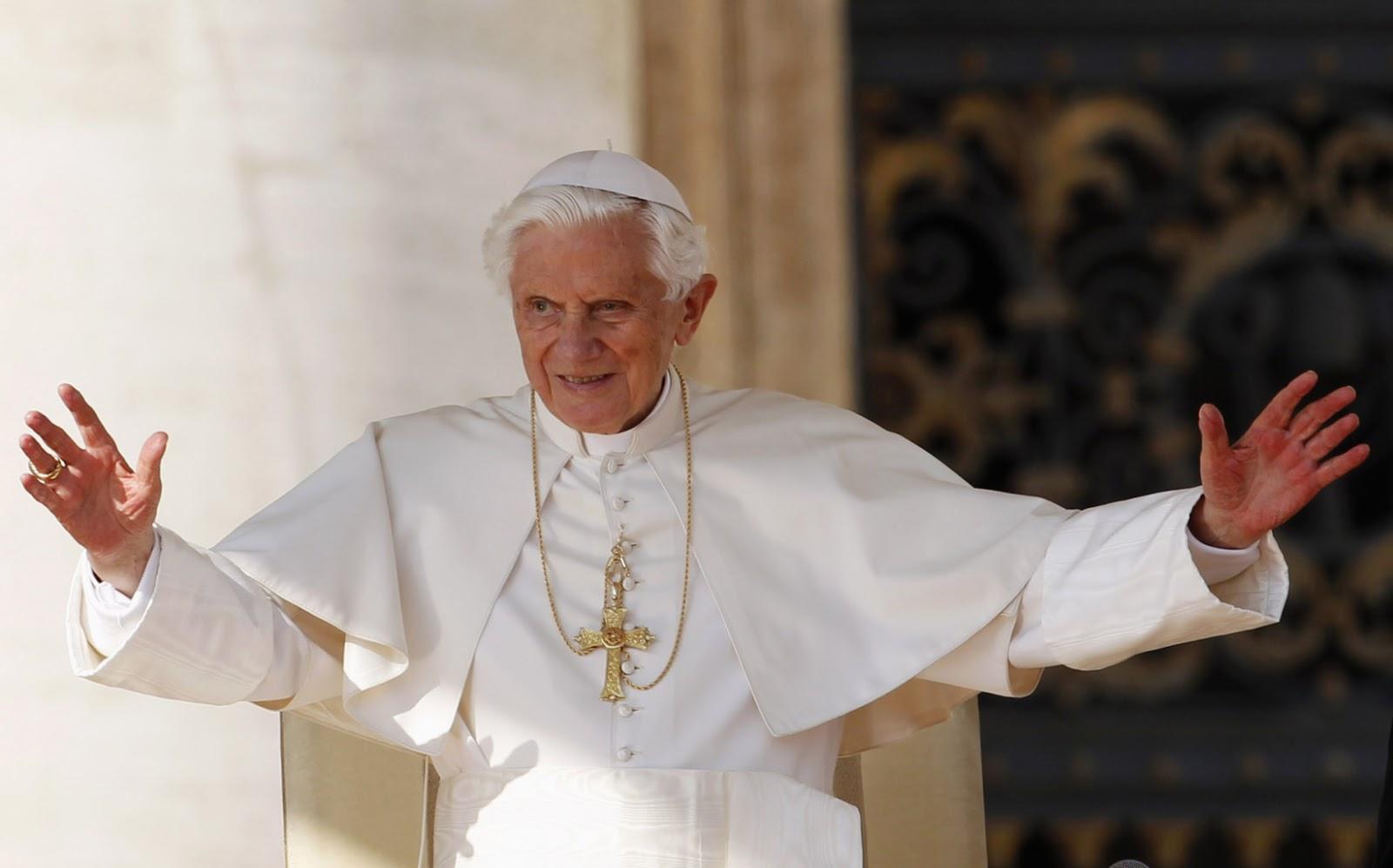 Il Papa Emerito Joseph Ratzinger