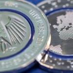 Germania, arriva la moneta nazionale complementare da cinque euro. Tema la Terra