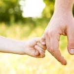 Genitori e figli tra un lavoro e un futuro. La generazione migliore spera ancora nonostante tutti i tradimenti subiti