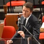 """RENZI A CATANIA VUOLE IL TRIONFO La convention del premier al Bellini Opposizioni: """"Show inutile, vada via"""""""