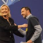 Salvini, la Le Pen e il finto coraggio di chi si fa forte a parole