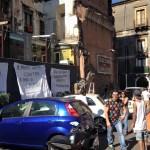 Catania. Strisce bianche al posto dei tavolini all'aperto, monta la protesta