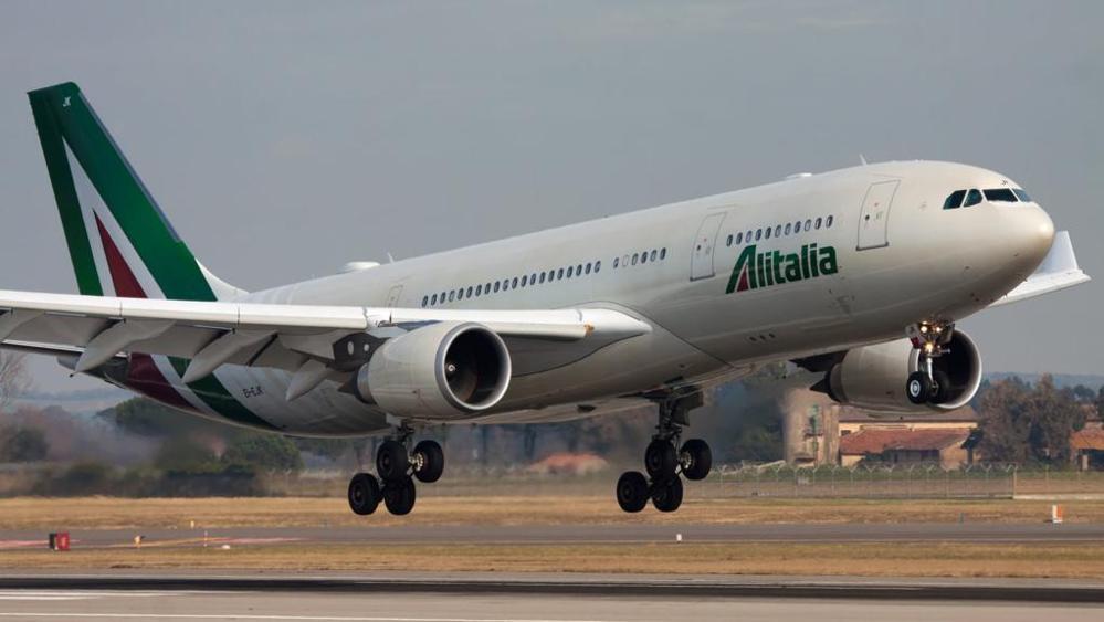 Airbus A330 Alitalia-ky4-U10701040222973KAE-1024x576@LaStampa.it