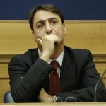 """Claudio Fava: """"Al ballottaggio voterò Giachetti. Adolescenziale votare M5S solo contro Renzi"""""""