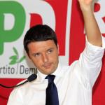"""Referendum, Renzi si incolla alla poltrona: """"Se perdo, niente governi tecnici"""""""