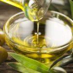 Olio d'oliva senza scadenza, così il Parlamento favorisce i produttori (e prepara il TTIP)