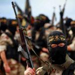 """Allarme dei servizi segreti tedeschi: """"L'ISIS recluta giovani migranti"""""""