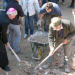 """""""E adesso, vescovo, che si fa?"""". L'omelia del vescovo di Ascoli per i terremotati"""