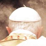 La sferzata di Benedetto XVI ai revisionisti cattolici: «Francesco è il papa giusto»