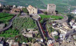 La Collina Storica di Paternò, simbolo della città.