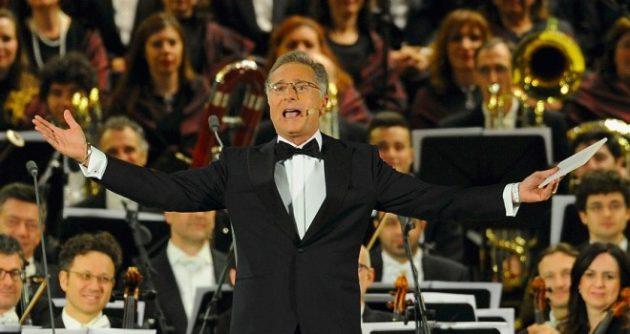 Paolo Bonolis, conduttore di Music