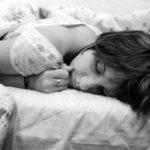 Dormire anche dopo il suono della sveglia è sintomo di intelligenza