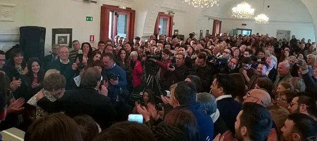Un momento della manifestazione di Nino Naso in Biblioteca