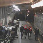 Pasqua da incubo: sul treno in ostaggio di 50 magrebini