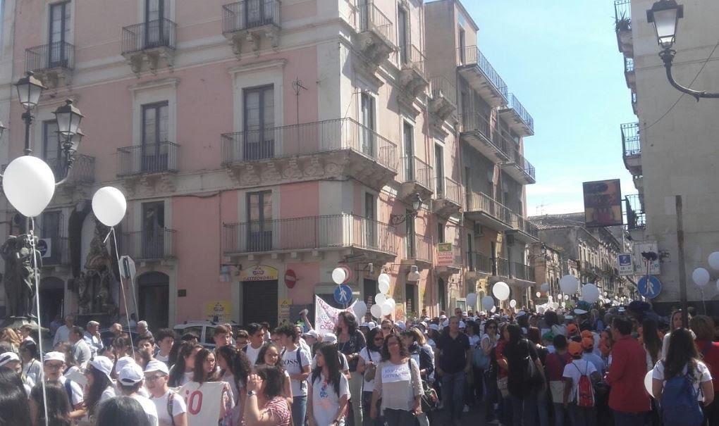 Un momento della manifestazione di ieri mattina.