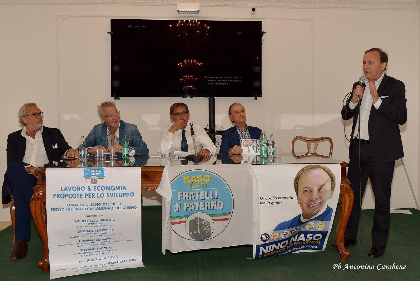 L'incontro di ieri pomeriggio (Foto: Antonino Carobene)
