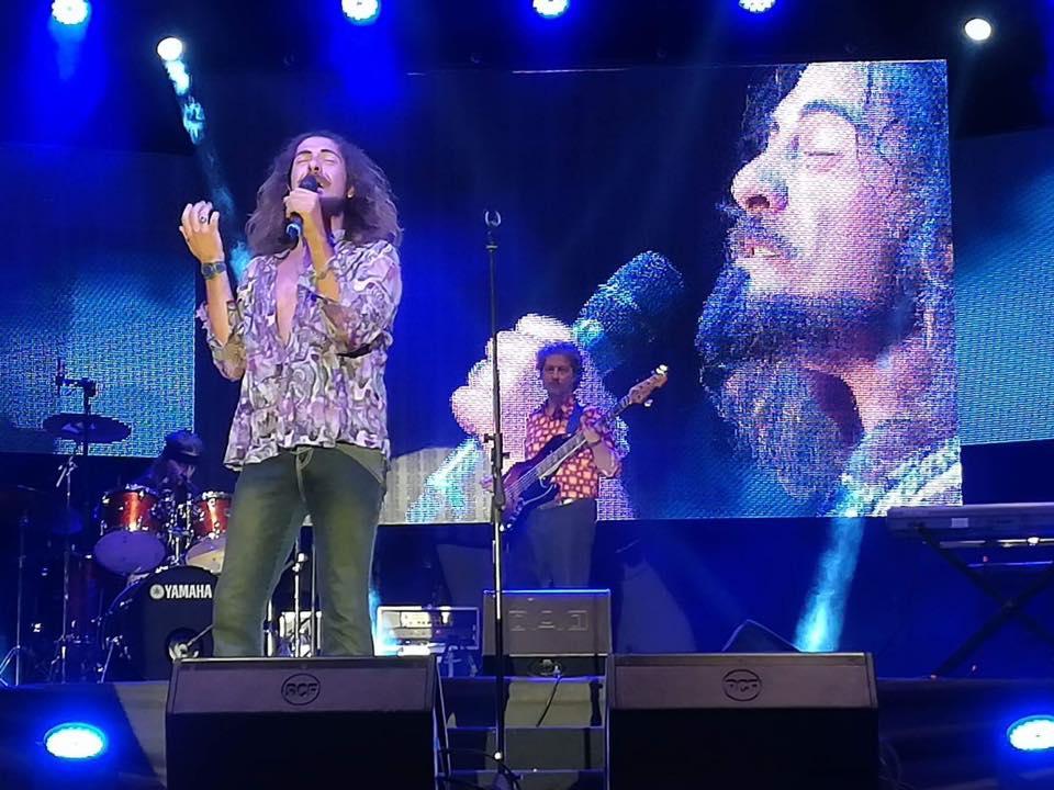 I Flowerstone sul palco di Risuoni 2017, vincitori di questa quarta edizione.