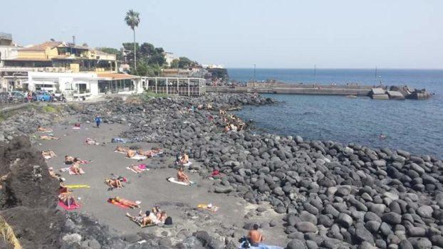 In SIcilia caldo record. A Catania prolungata allerta ...