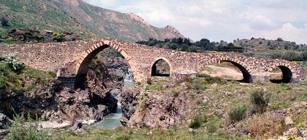 ponte-saraceni