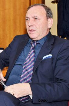 Il sindaco Nino Naso durante l'intervista. (Foto: A. Carobene)