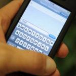 Smartphone, lo usano più i ragazzi o i genitori? 8 consigli utili