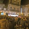Un'immagine del comizio di ieri sera in Piazza Indipendenza.