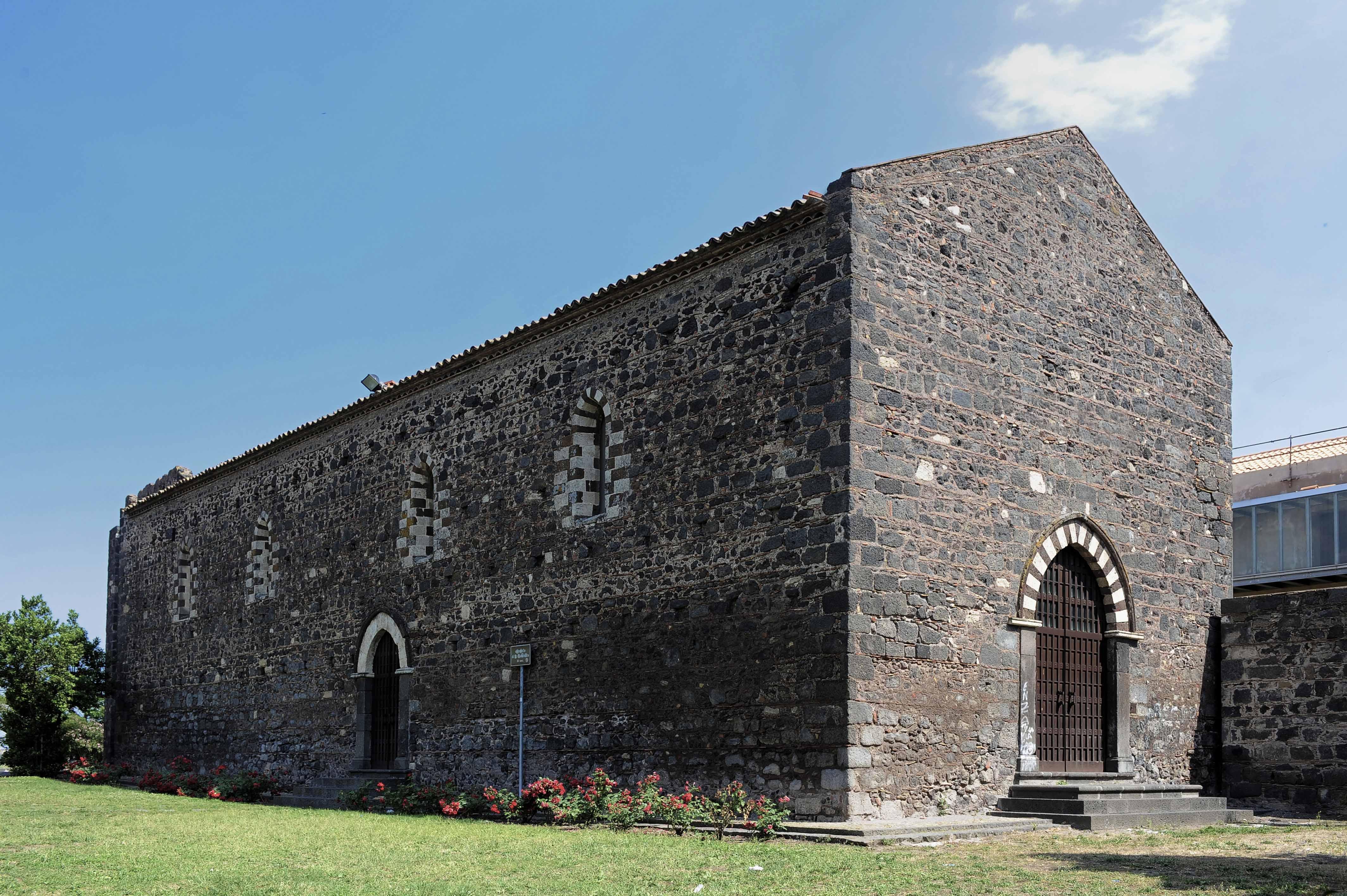 Il Convento di San Francesco alla Collina sulla Collina Storica a Paternò, tra gli altri oggetto di finanziamento per il totale restauro e conservazione.