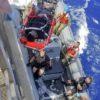 Una immagine del salvataggio della nave USA