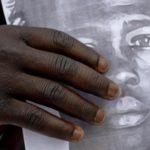 Migrante ucciso: c'è un indagato, notificato avviso