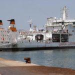 La nave Diciotti a Catania ma i migranti non possono sbarcare