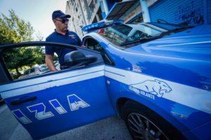 Colpi pistola contro polizia a Napoli durante inseguimento