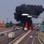 Inferno a Bologna: Riaperta carreggiata