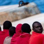 Migranti, Tunisia non autorizza rimpatrio. In 45 persone restano