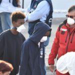 Non si trovano più 40 migranti della Diciotti