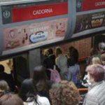 Milano, si suicida sui binari della metro
